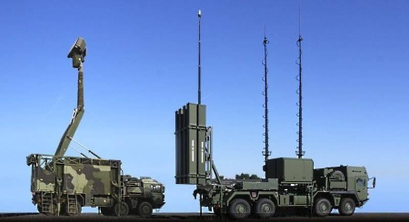 Versión de exportación del sistema de defensa aérea del DB con el cohete IRIS-T SL - IRIS-T SLM (Alemania)