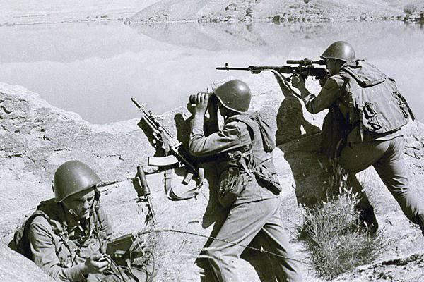ロシアはアフガニスタン戦争を終わらせようとしている