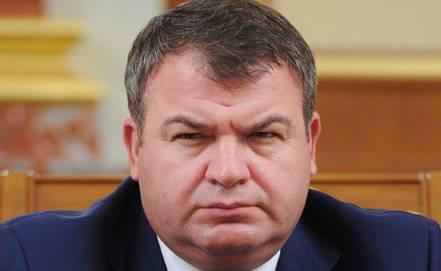 Poutine a limogé Serdyukov, Shoigu nommé nouveau ministre de la Défense