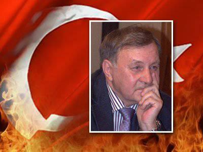 Stanislav Tarasov:今日のトルコを脅かすのは誰と何なのか