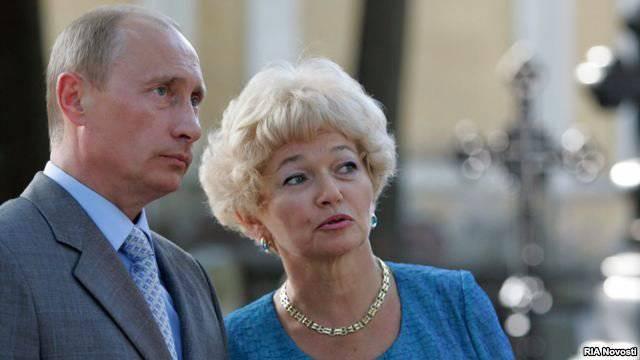 Narusovaはプーチン大統領の変態を明らかにした