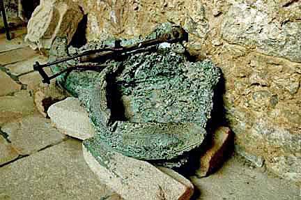 Para executar é impossível perdoar: Tulle e Oradour-sur-Glain