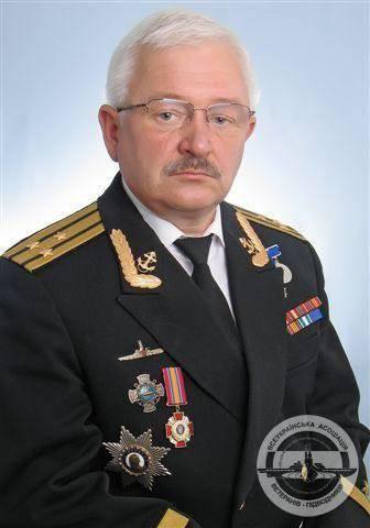 http://topwar.ru/uploads/posts/2012-11/1353837697_aleksandr-kuzmin.jpg