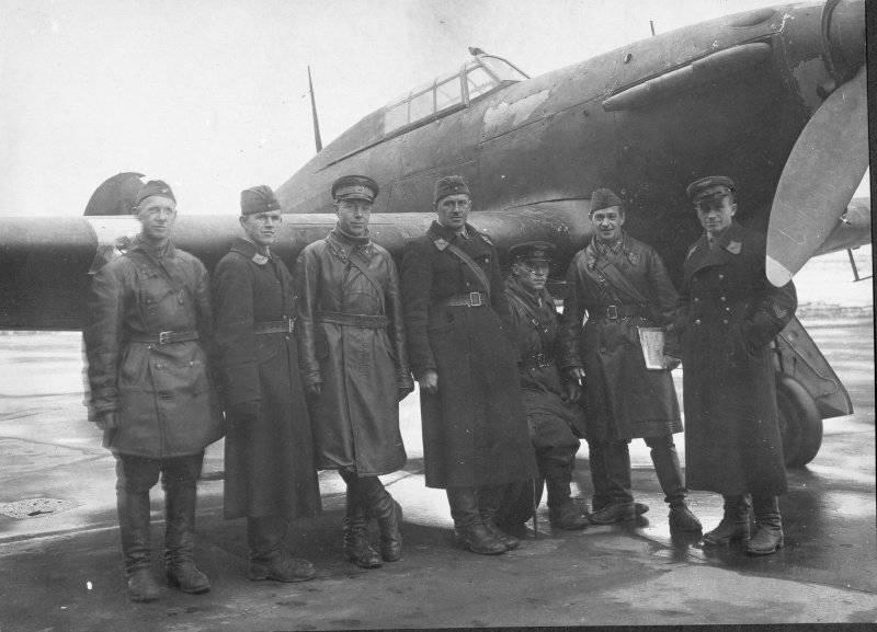 """Assi sovietici sui combattenti di Lend-Lease. Parte di 1. """"Hurricanes"""""""