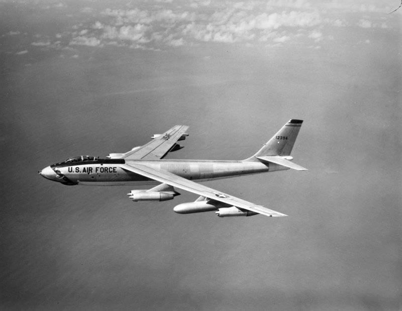 10 лучших бомбардировщиков. Часть первая