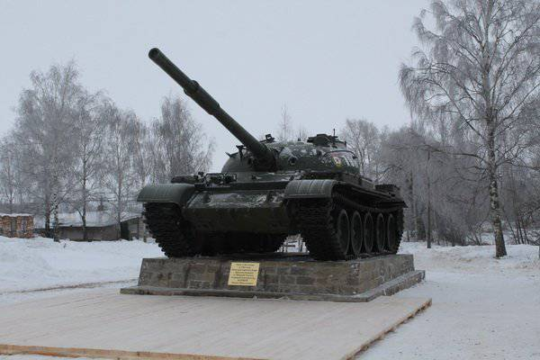 In the Ivanovo region opened a memorial memorial in honor of the designer of tanks