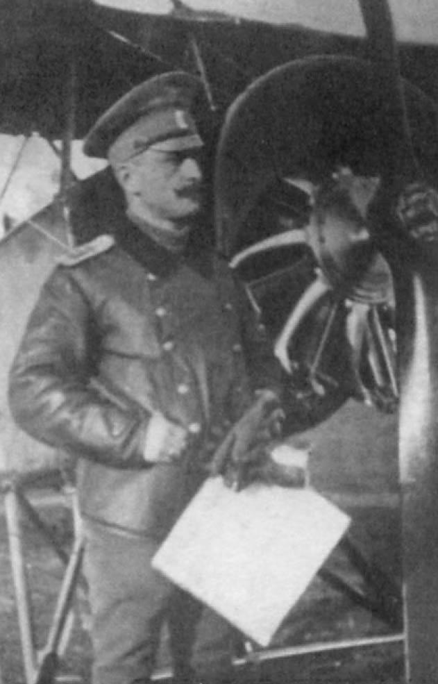 Bely Aviadarm Luftfahrtgeneral Vyacheslav Matveyevich Tkachev