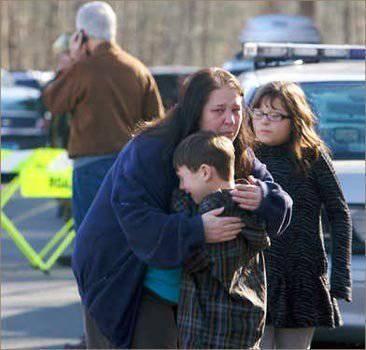 अमेरिका में घोषित शोक: हत्यारे ने स्कूल में घुसकर 27 लोगों को गोली मार दी