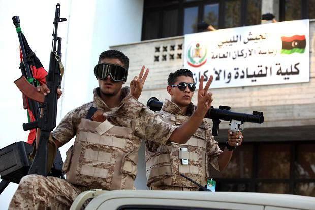 Rusia tiene la intención de preparar de nuevo el ejército libio?