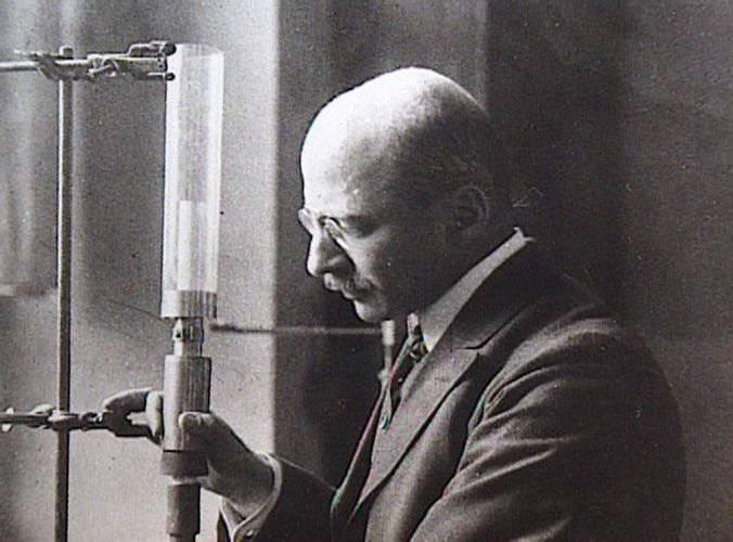 फ्रिट्ज हैबर का इतिहास: विज्ञान के काले और सफेद पृष्ठ