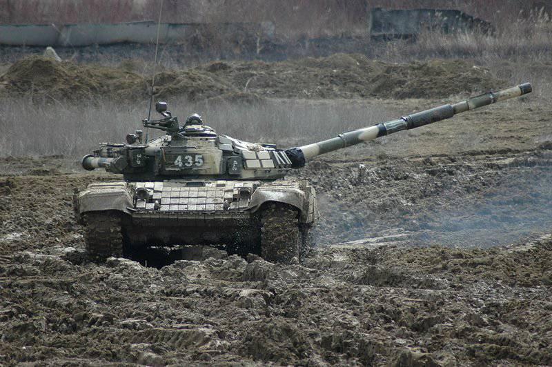 """T-72B vs M1A2 """"Abrams"""""""