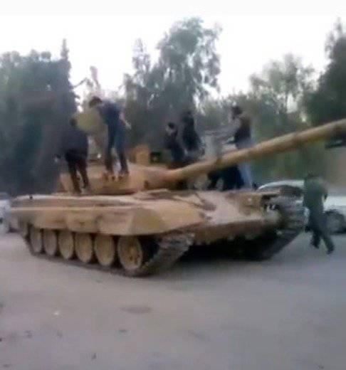 """सीरिया ने अपने T-72 के अप्रभावी """"इतालवी"""" आधुनिकीकरण का आयोजन किया"""