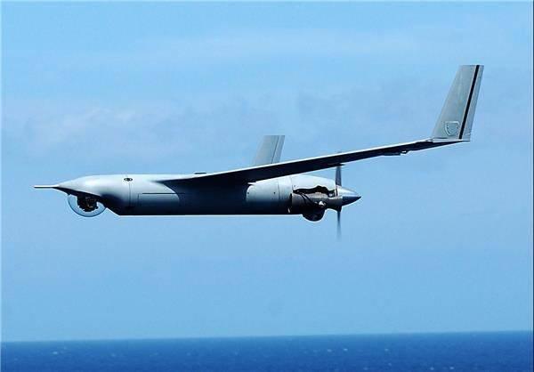 Drones estadounidenses sobre el transportador iraní.