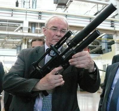नई सबमशीन बंदूक OTs-69