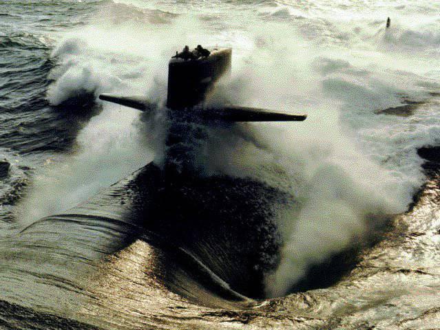 Submarinos nucleares en batalla