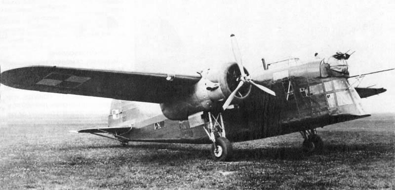 पोलिश मध्यम बॉम्बर P-30 (LWS-6) Zubr