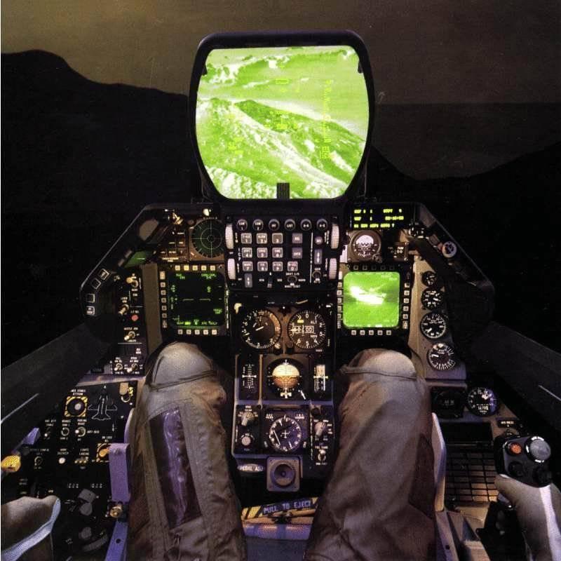 Учебно-боевой самолет - выгодное решение или трагическая ошибка ...