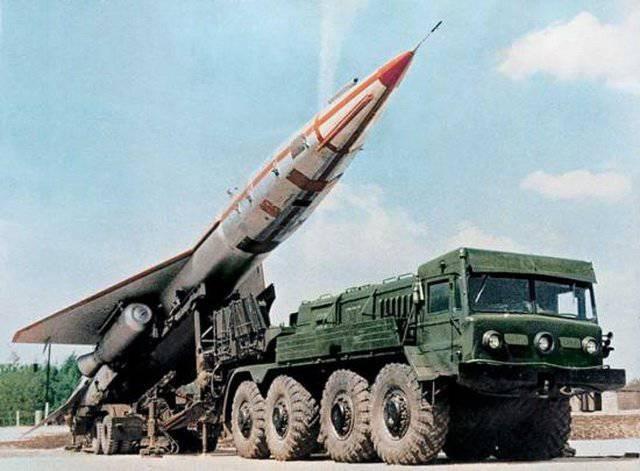 """सोवियत ड्रोन - Tu-123 """"हॉक"""""""