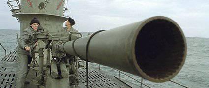 ¡Oh, esos submarinos! Submarinos contra buques de superficie