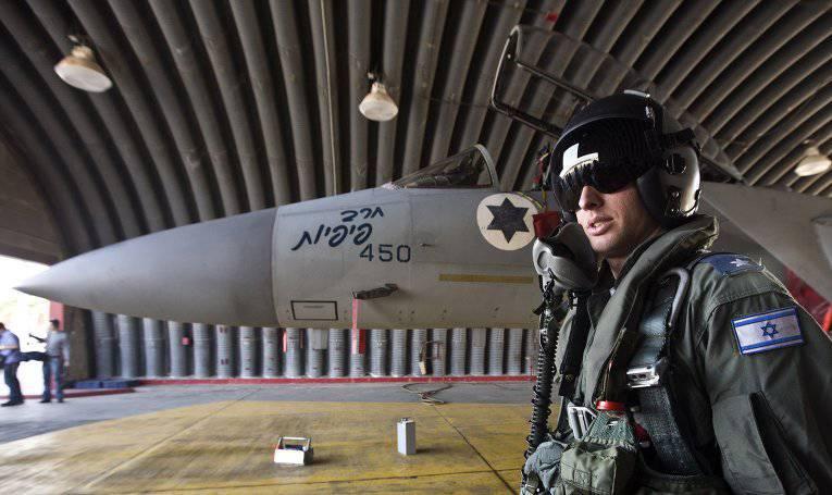 """अजेय F-15। कैसे सीरियाई लोगों ने """"ईगल्स"""" पंख काट दिया"""