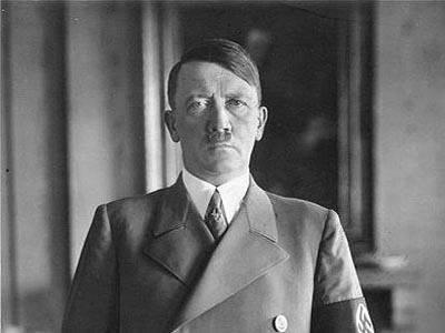 हिटलर रूसी लोगों के खिलाफ पश्चिम के खेल में एक मोहरा था