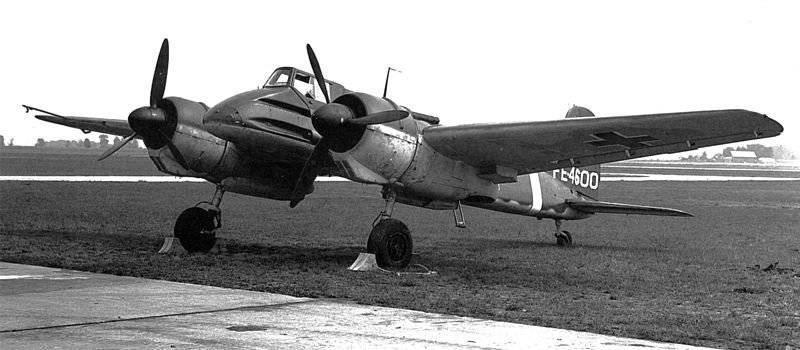 """""""Tanque voador"""" alemão - avião de ataque Henschel Hs 129"""