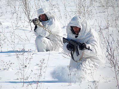 La reunión de campamento de oficiales de inteligencia de la base militar rusa en Abjasia comenzó en el complejo de entrenamiento de montaña Tsabal