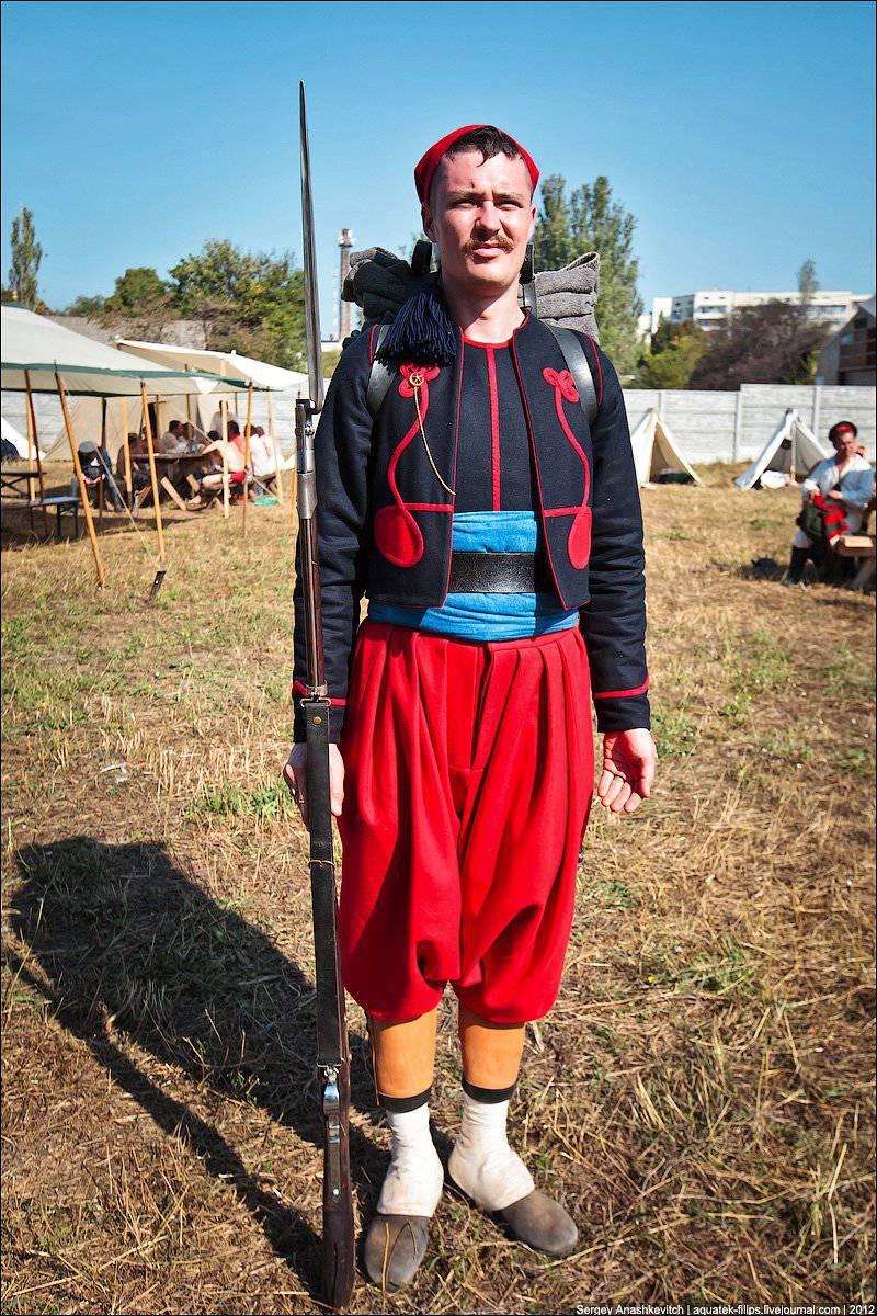 Historia del vestuario. Divisiones de los Zouavs durante la Guerra de Crimea