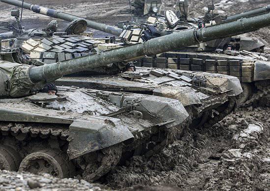 Çeçen Cumhuriyeti'nde konuşlandırılan bileşiklerin tankerleri yeni ekipmanlara hakim oluyor