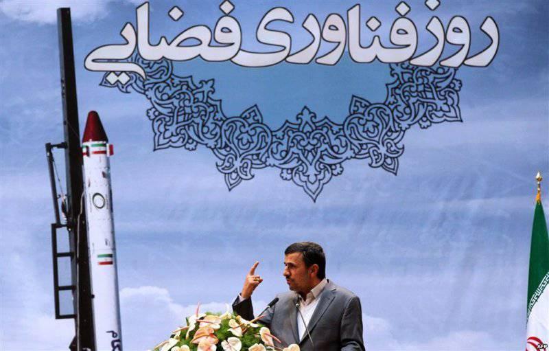 Геополитическая мозаика: иностранные СМИ заговорили о русских химиках в Дамаске, а Махмуд Ахмадинежад заявил, что Иран — ядерная держава