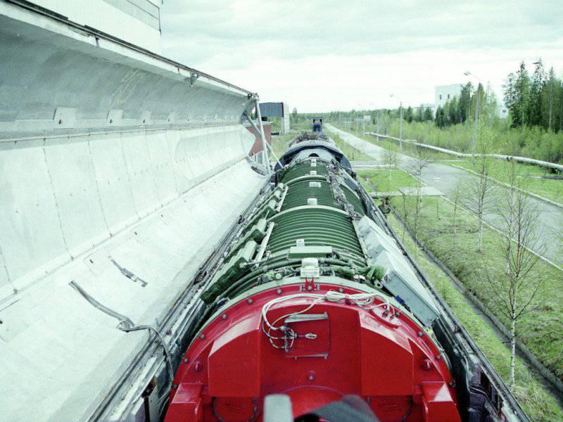 Ракетные поезда, старые и новые