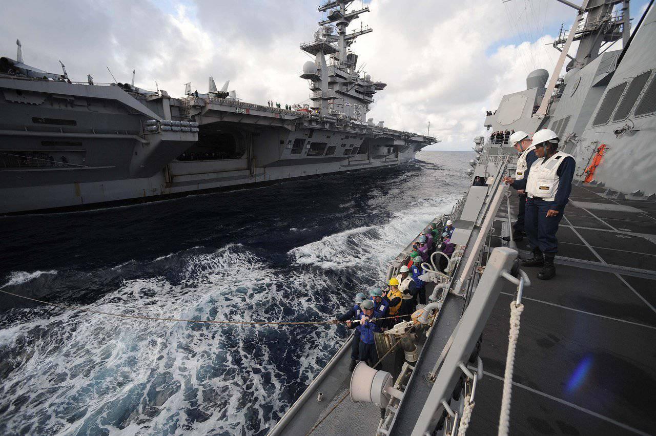http://topwar.ru/uploads/posts/2013-03/1362345812_starboard.jpg