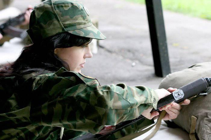 Rus ordusunun kadın yüzü