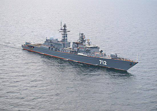 """Fearless ship """"Fearless"""" provides training for the Baltic Fleet naval aviation"""