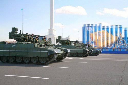 कजाखस्तानी सेना T-72 को दुनिया में सर्वश्रेष्ठ में से एक मानती है।