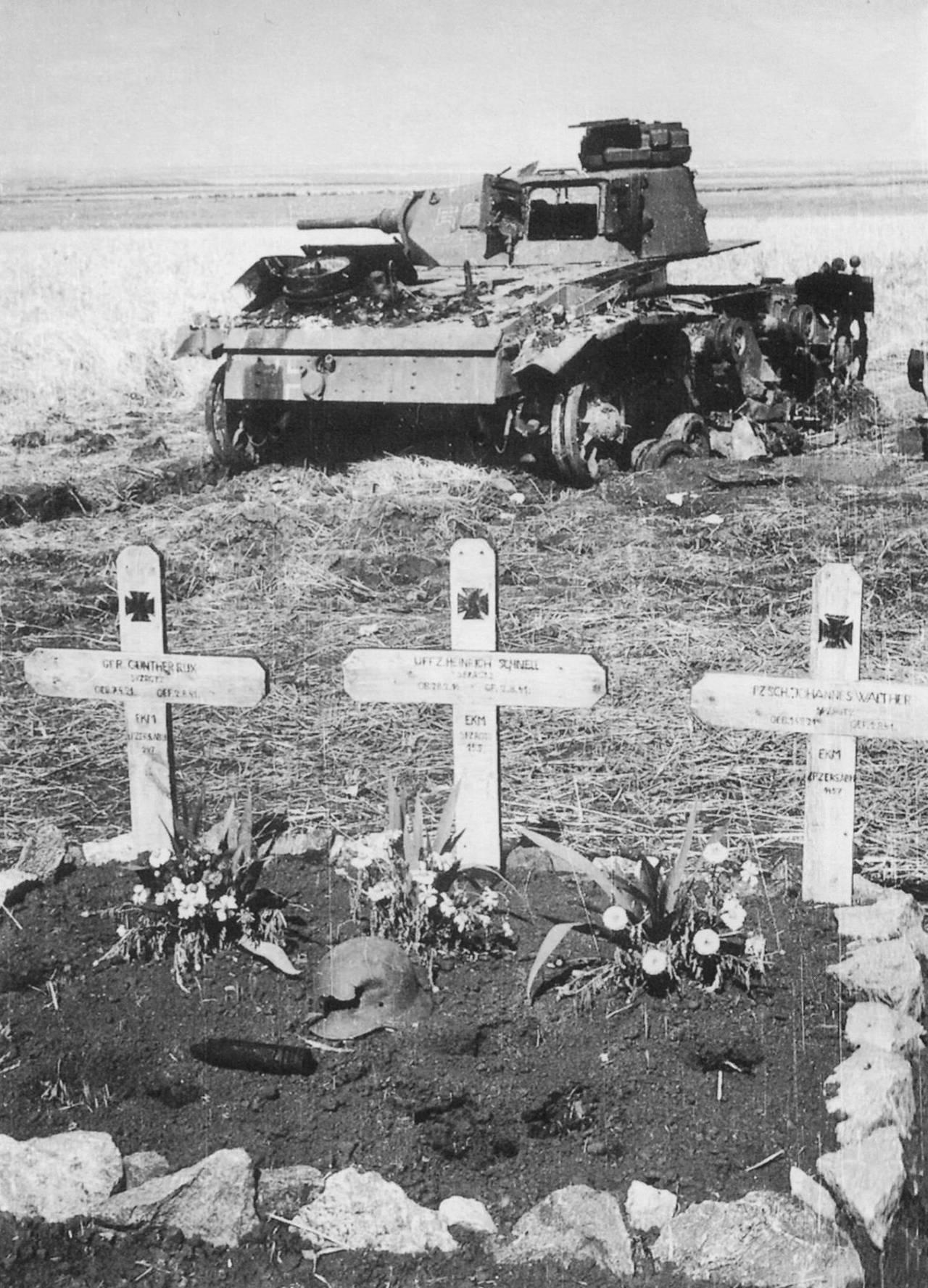 Картинки по запросу немецкие танки тигры на границе с россией в 1941