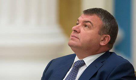 Serdyukov mahkum değil