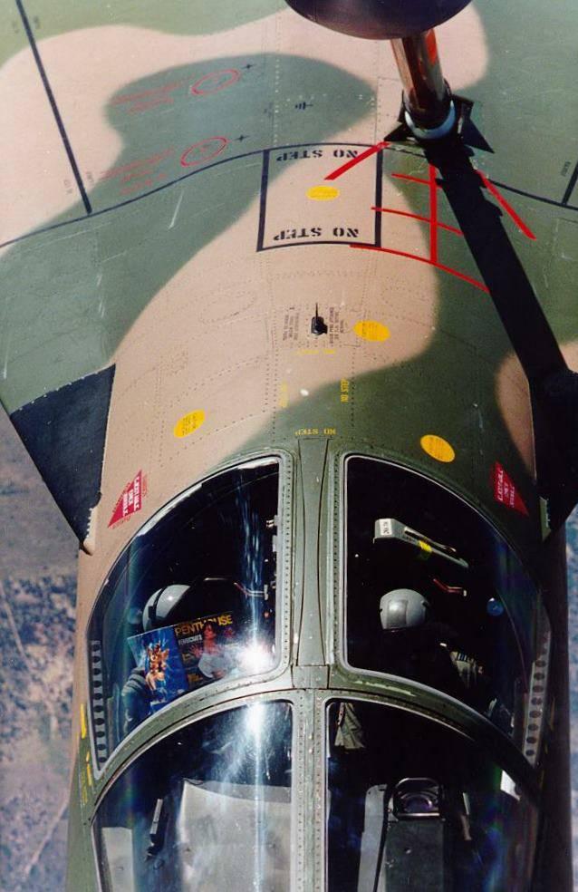Bombardero de combate multiusos F-111A Aardvark