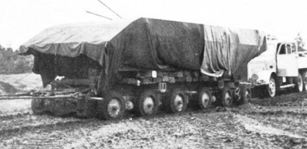 Tanque alemán de peso pesado E-100