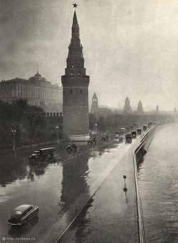 """Escenario de declive. Hace 60 años, 21 marzo, marzo 1953, el gobierno de la URSS adoptó un plan para la """"desindustrialización"""""""