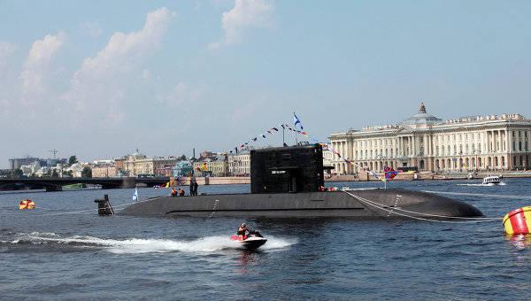 잠수함을 통한 중국과 러시아의 협상에 관한 확정 된 정보