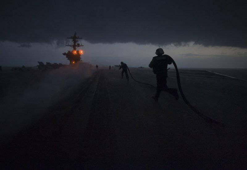 "Авианосец ВМС США ""Джордж Буш"" пришвартовался в турецком порту - Цензор.НЕТ 2288"