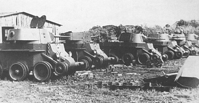 Camouflage tanks of the Red Army westward