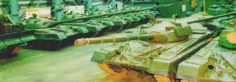 """T-80 tanks (""""Object 219"""") at the transfer area of the assembly shop LKZ 1976,"""