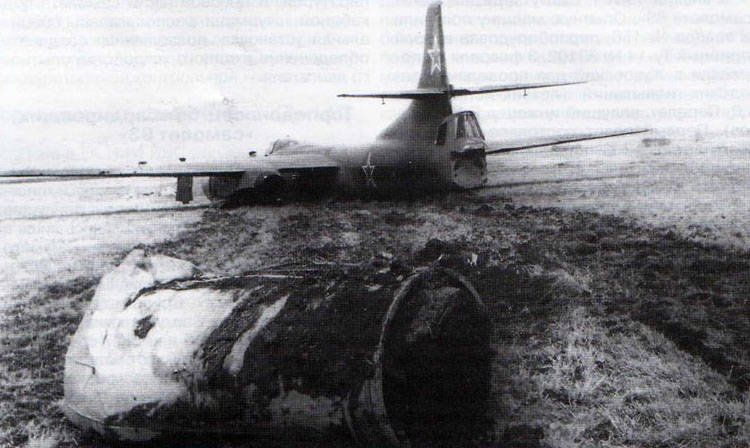 Light front bomber and torpedo bomber Tu-14 (Part of 2) Construction and operation