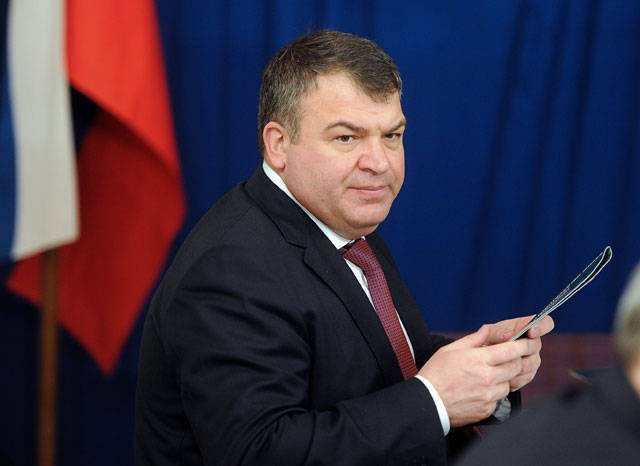 Serdyukov can interrogate in the case of illegal arms shipments