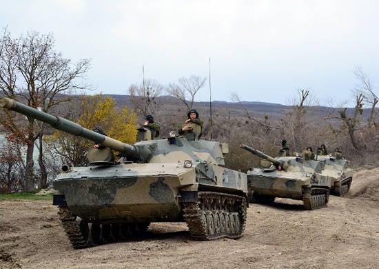 En Kuban, los ejercicios de comando y personal comenzaron con una formación de asalto aerotransportado (montaña) de las Fuerzas Aerotransportadas