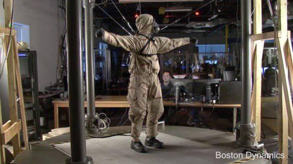 Boston Dynamics a montré une nouvelle version du robot PETMAN