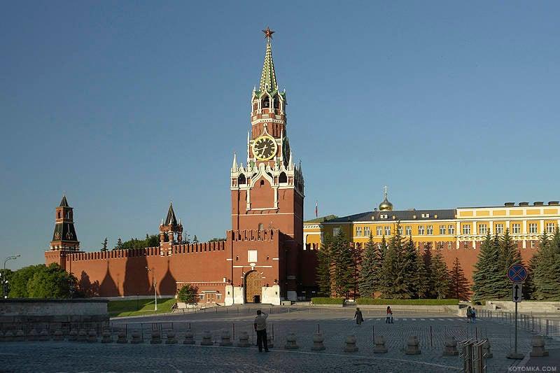 Üç ya da dört yıl sonra, Rusya nihayet Amerika Birleşik Devletleri'nden uzaklaştı.