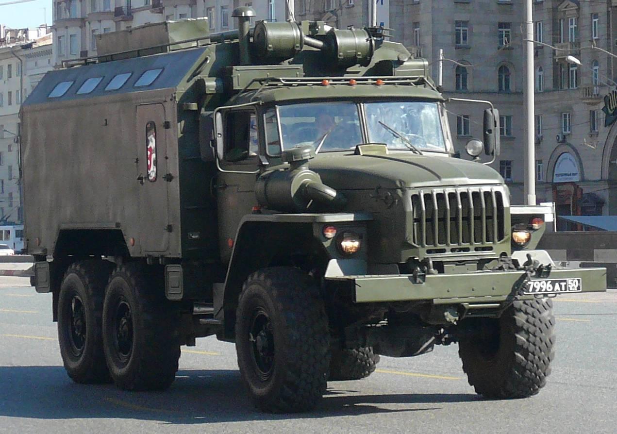 http://topwar.ru/uploads/posts/2013-04/1365478387_ural-4320-armoured-russian_army.jpg